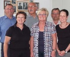 Heinz Fink, Klara Bauer, Dr. Josef Ziegler, Sonja Lindner-Stöckl, Alois Beierlein, Angelika Ziegler (von links)